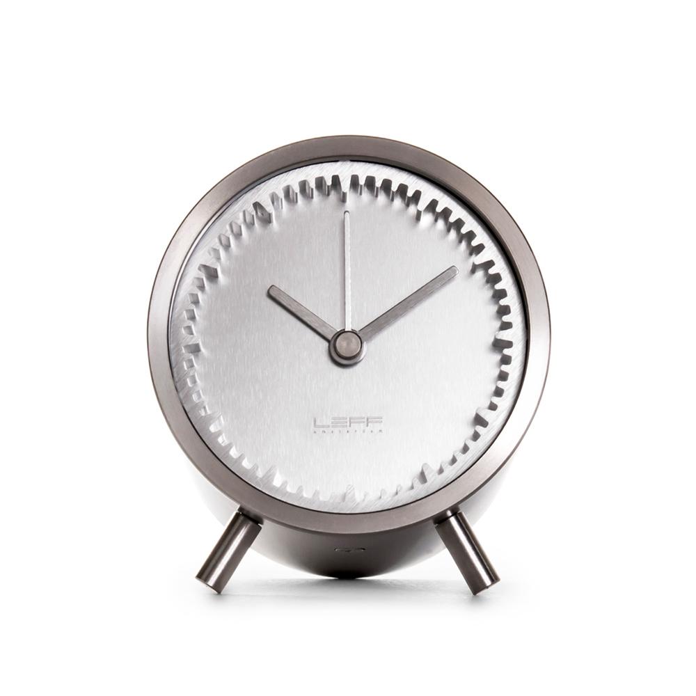 LEFF tube clock
